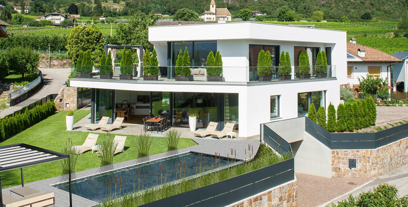exklusives ferienhaus villa mit pool in s dtirol villa aich bei bozen. Black Bedroom Furniture Sets. Home Design Ideas